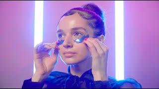 Makeup Prep with Poppy