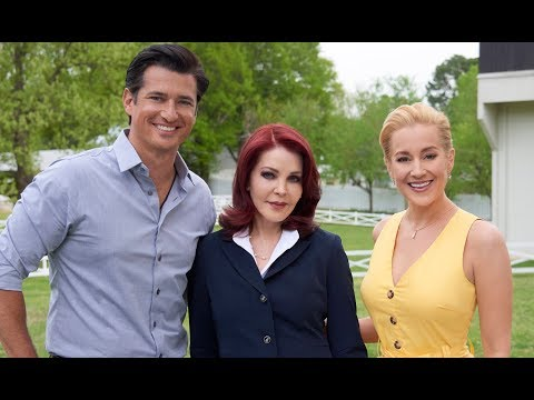 Video trailer för Preview - Wedding at Graceland
