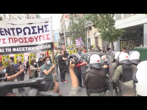 Αντιφασιστική συγκέντρωση στην Ομόνοια – Ένταση κατά τη διάρκεια της πορείας