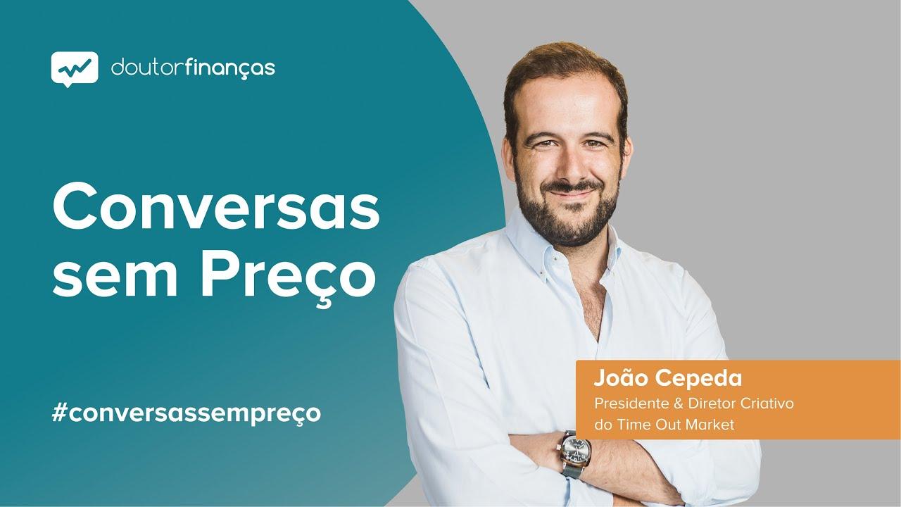 Imagem de um pc portátil onde se vê o programa Conversas sem Preço com a entrevista a João Cepeda, presidente do Time Out Market