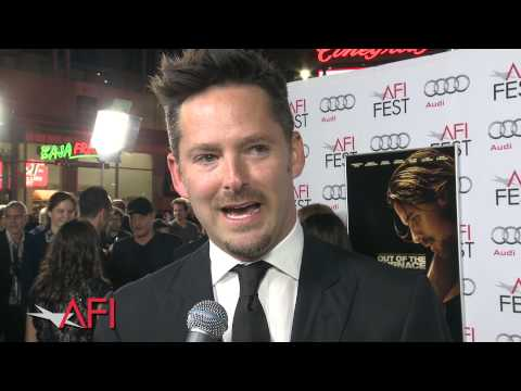 Video trailer för OUT OF THE FURNACE Cast & Crew on the Red Carpet at AFI FEST presented by Audi