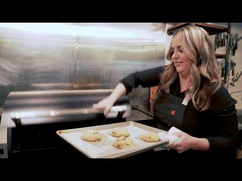 Chocolate Chip Cookies w/ Mandy Tanner Step 7 | Traeger Grills