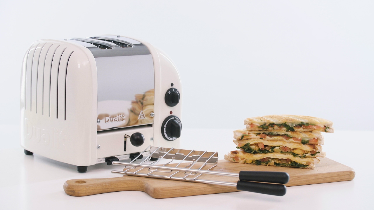 How to make a toasted sandwich with the Dualit Classic Toaster and Sandwich Cage  preview