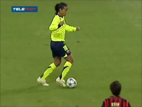 Ronaldinho Skills VS Milan
