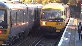 preview picture of video 'FGW 166218 and 166212 Approaching Reigate'
