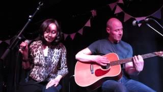 Echobelly (acoustic) - Bulldog Baby (Surya, London, 12/06/2013)