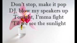 Tick Tock - Kesha (lyrics)