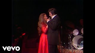 Johnny Cash & June Carter Cash – Jackson (Live In Las Vegas)