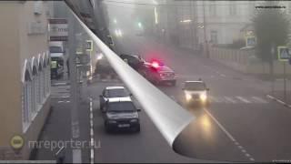 ДТП в Серпухове  жёсткий таран в тумане попал на видео