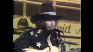 David Allan Coe -    Living On The Run -  Live 1974 (Improved Audio)