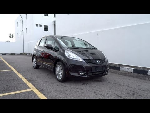 2013 Honda Jazz Petrol Start-Up and Full Vehicle Tour