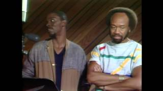 EBONY Moment - Maurice White of Earth, Wind, and Fire