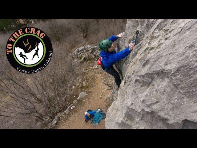 Към Скалите – Вражите Дупки, Лакатник
