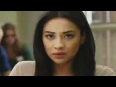 Pretty Little Liars 2.10 (Preview)