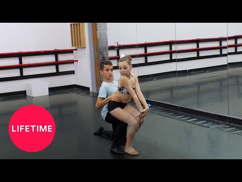 Insegnante porno fa sesso con un video porno studente