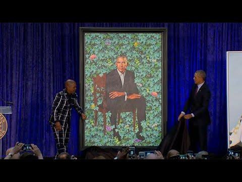 Obama Portrait Revealed At Smithsonian Gallery