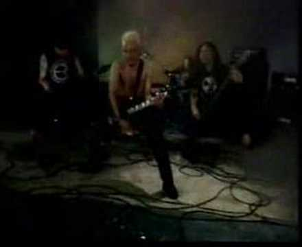 "Betrayer - ""Damai Bersamamu"" (2002) *First Video Clip*"