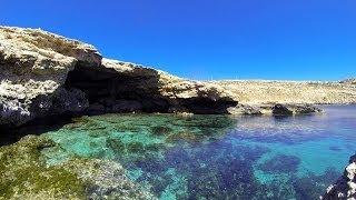 preview picture of video 'Aprile (2014) a Lampedusa - Mare Morto'