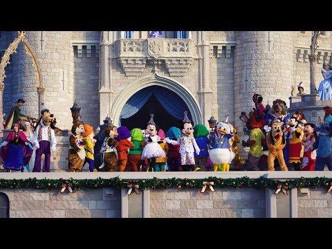 90 Disney Characters celebrate Mickey's 90th Birthday on Good Morning America