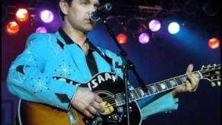 "Chris Isaak ""Things go Wrong"""