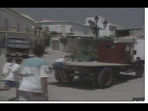"""Furgoneta """"el Lirio"""" de Turón: historia de un camión Ford de 1926"""