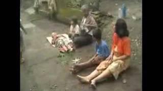 Gempa  Bantul  Yogyakarta 27 Mei 2006 Bag3 Didusun Telan