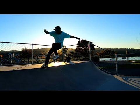 SKATEBOARDING 2FTSK8.com Monroe Washington skate park