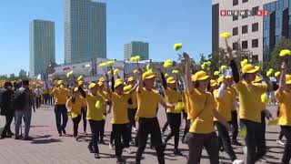 Тысячи детей приняли участие в праздничном параде в Астане