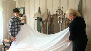 How To Make A Bed With A Linen Sheet, The Traditional Way