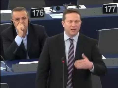 Ujhelyi: vegyük egymást végre komolyan Juncker úr!
