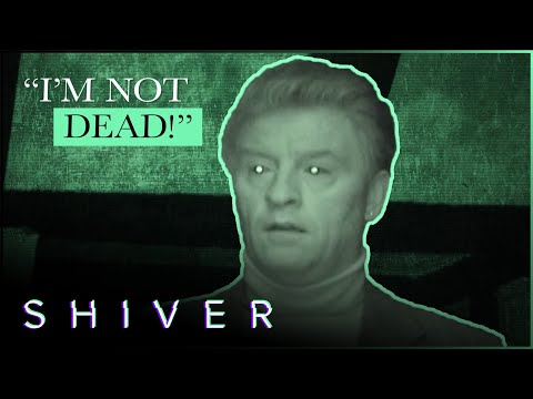 Ghost Communicating Through Derek Acorah's Body - Most Haunted