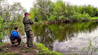 Рыбалка- КАРАСЬ  на отводной поводок! Необычная рыбалка на карася! Анатолич против карасей