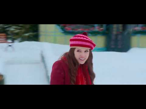 Noelle Trailer Song (Kelly Clarkson - Underneath the Tree)