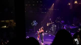 Mahalia - Square 1 (Live at Manchester Albert Hall 21.11.19)
