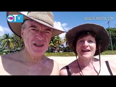 Cruceristas disfrutan de Corn Island