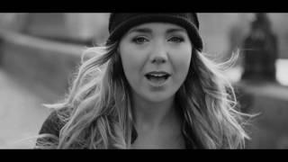 Lucie Vondráčková -  Nad Vltavou (Official video)