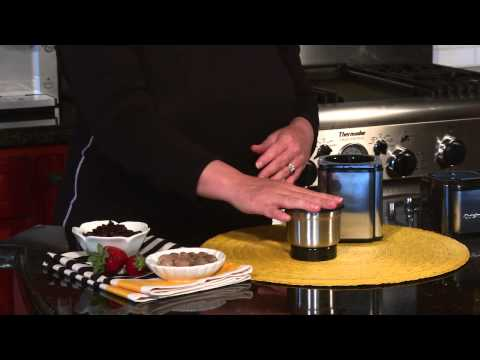 Cuisinart Grind Central Coffee Grinder (DCG 12BC) Demo Video