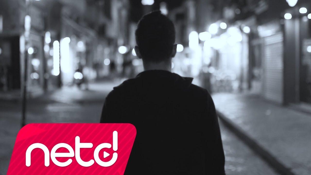 Mehmet Uyan – Bir Ben Vardım Sözleri