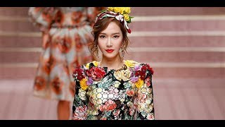 Jessica Walks The Runway At The Dolce & Gabbana Show During Milan Fashion Week