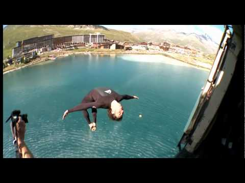 red bull cliff divers amazing jumps