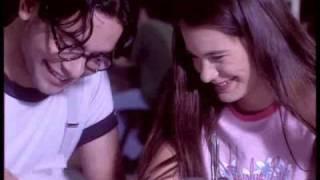 """""""κι όταν στα χέρια μου σε κράτησα, εκεί την πάτησα και είπες όχι"""" στο 2.30 (από Khan, 31/12/09)"""