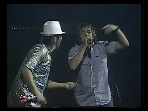 Los Auténticos Decadentes video Somos - Teatro Coliseo 2006