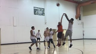 JUICE GETS BUCKETS IN 3on3 BASKETBALL! | Daily Dose S2Ep290