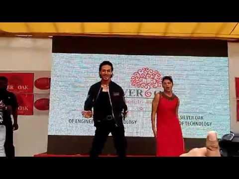 A FLYING JATT | Tiger & Jacqueline | Movie Promotion | Ahmedabad
