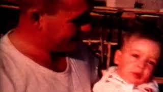 תמי ונקי גולדווסר ברפת בגשר הזיו ב-1952(1 סרטונים)
