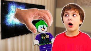 Игрушка ПОПАЛА В ТЕЛЕВИЗОР! Камиль ПРОВИНИЛСЯ! Веселая история DC COMICS для детей for kids