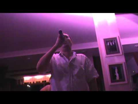 Олег Пятигорский поёт песню Лепса - В Городе Дождь