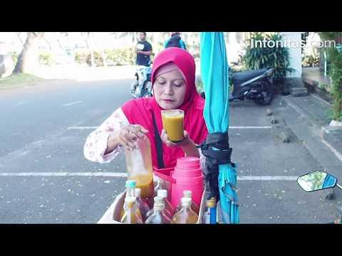 Sosok Penjual Jamu Keliling Berhasil Kuliahkan Anak Hingga Sarjana