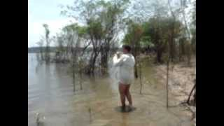 preview picture of video 'Luiz carlos - tucunaré na praia'