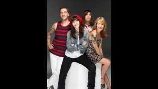 "09 - ""Any Love"" - Dover (Gira I Ka Kené 2012) 13 de Mayo de 2012:"